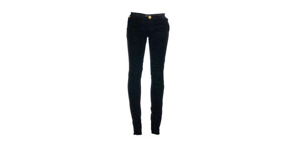Dámske skinny džínsy značky Lois s riasenými nohavicami