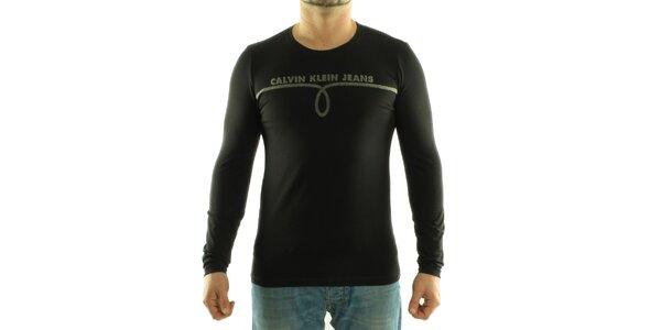 Pánske čierne tričko Calvin Klein s šedivou potlačou