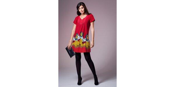 Dámske červené šaty Ada Gatti s farebným vzorom