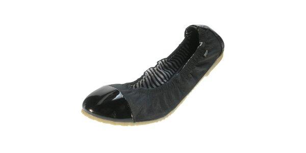 Dámske čierne balerínky s lesklou špičkou Beppi