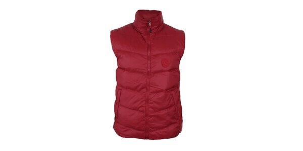 Pánska červená páperová vesta so stojačikom Trimm