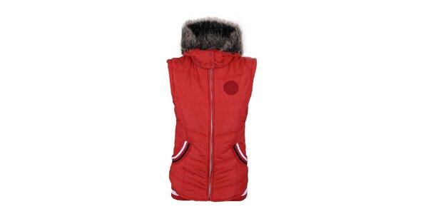 Dámska červená vesta s kapucňou Trimm