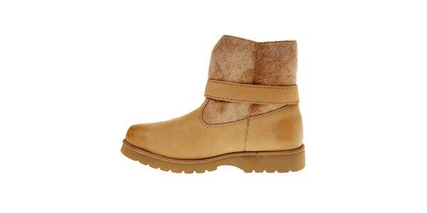 Dámske nízke béžové topánky Buffalo s kožúškom