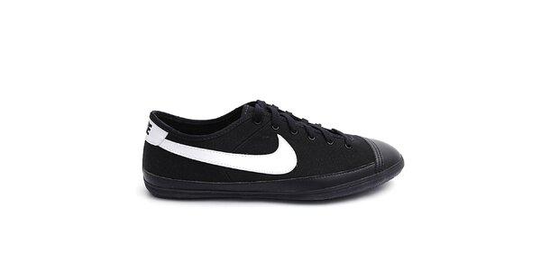 Pánske čierne tenisky s bielymi prvkami Nike