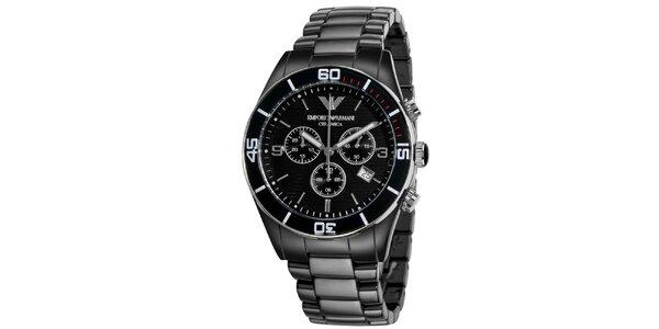 Čierne hodinky s chronografom a dátumovkou Emporio Armani