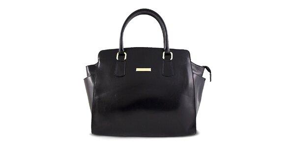 Dámska čierna hladká kožená kabelka Roberto Buono