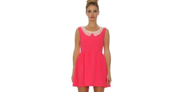 Dámske ružové šaty s čipkovaným límčekom Pepa Loves