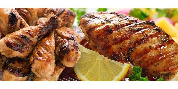 Korýtko plné grilovaného mäsa pre dvoch