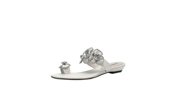 Dámske biele sandálky s kvetinami Roberto Botella