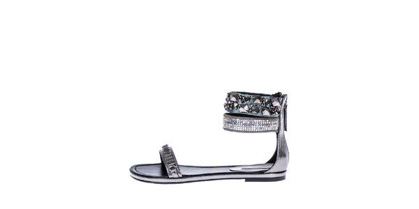 Dámske strieborné sandálky s kamienkami a flitrami Roberto Botella