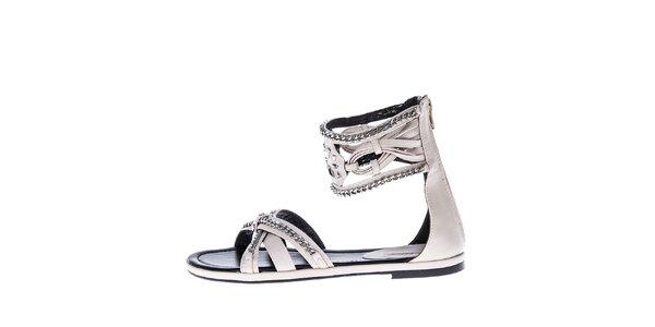Dámske smotanové sandálky s retiazkami Roberto Botella
