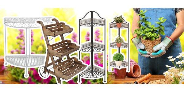 Dekoratívne záhradné police na kvety