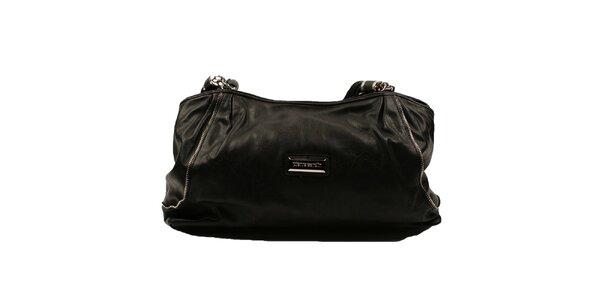 Dámska čierna kabelka so zaujímavými popruhmi Pierre Cardin