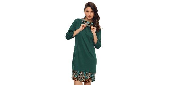 Dámske zelené šaty so vzorovaným lemom