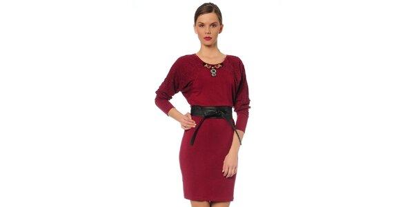 Dámske vínové šaty s opaskom TopShop