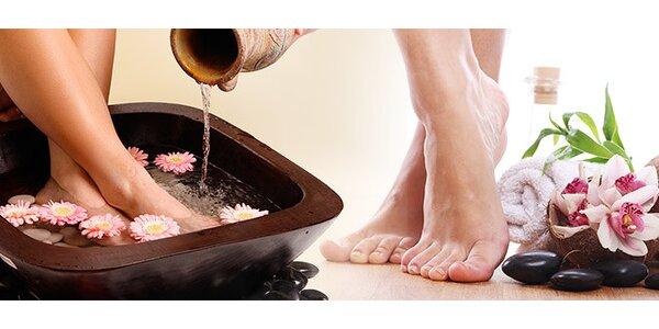 Kompletná relaxačná mokrá pedikúra nôh
