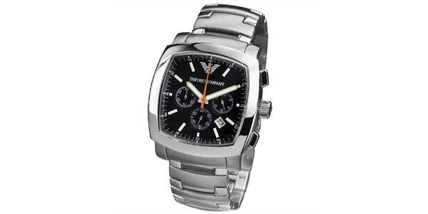 Pánske strieborné hodinky s hranatým čiernym ciferníkom Emporio Armani