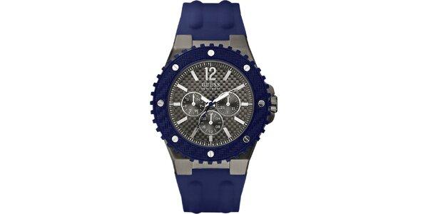 Pánske hodinky s modrým silikonovým remienkom Guess