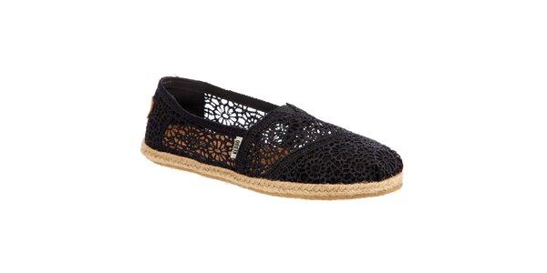 Dámske čipkované čierne topánočky Keddo