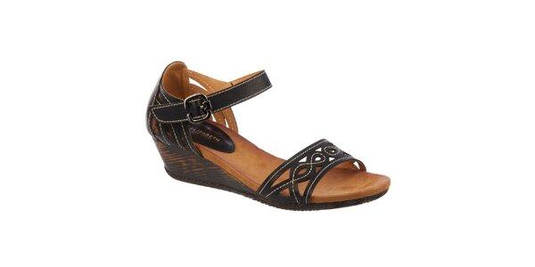 Dámske čierne sandálky na kline Elisabeth