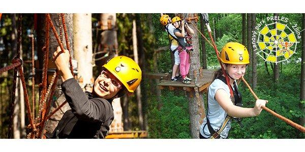 Atrakcie lanového parku Preles v lesoparku Chrasť