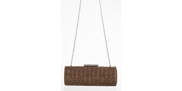 Hnedá kabelka na retiazke so zapínaním na sponu
