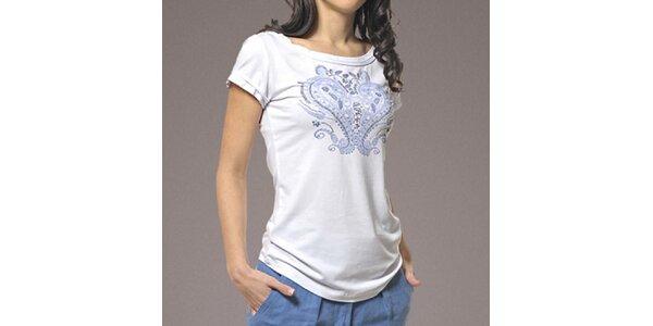 Dámske biele tričko s potlačou Patricia Rado
