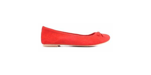 Dámske červené semišové balerínky Toscania