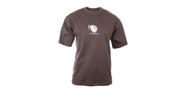 Pánske hnedé tričko s potlačou na hrudi Respiro