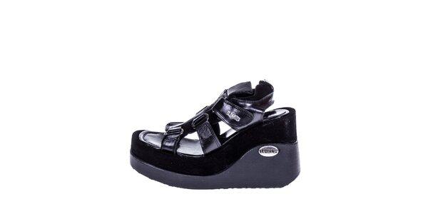 Dámske čierne sandále na kline El Dantes
