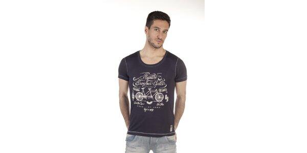 Pánske čierne tričko s potlačou SixValves