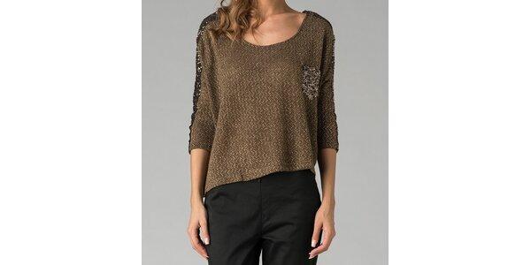 Tmavozelený sveter s trblietavou aplikáciou Twist