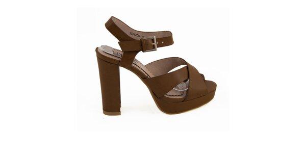 Dámske hnedé sandále na opätku Vanessa