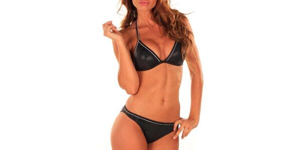 Dámske čierne plavky s lesklým efektom Bikiniki