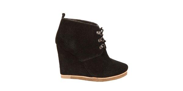 Dámske čierne kotníkové topánky Steve Madden