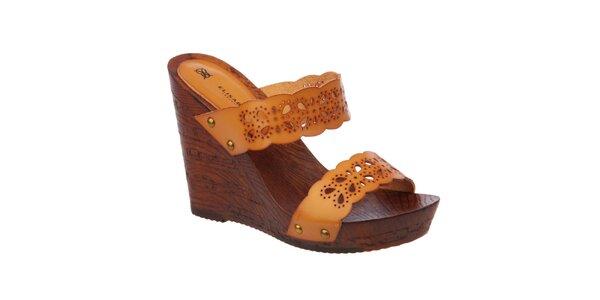 Dámske oranžovohnedé sandále na kline Elisabeth