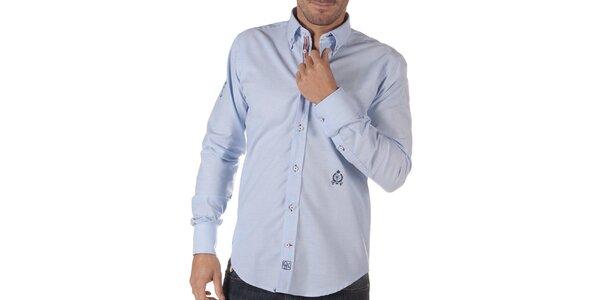 Pánska svetlo modrá košeľa s výšivkou CLK