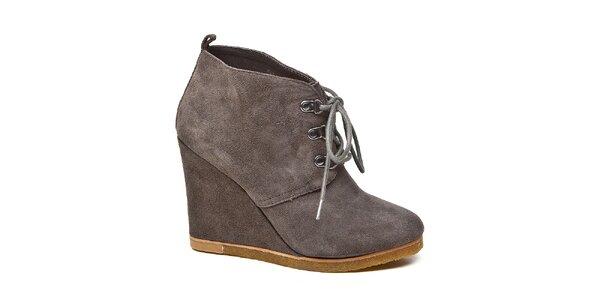 Dámske šedé kotníkové topánky Steve Madden