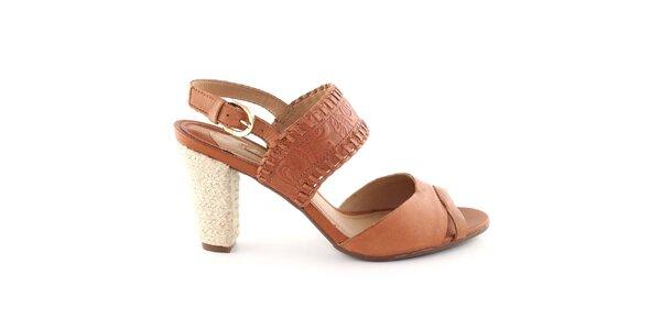 Dámske hnedé topánočky s reliéfnym vzorom Arezzo