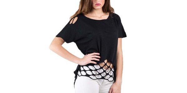 Dámske čierne tričko s prestrihmi Keysha