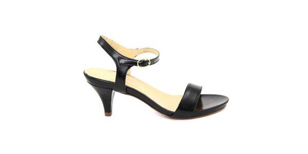 Dámske čierne kožené sandále na nízkom opätku Giorgio Picino