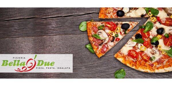 Lahodná pizza a nápoj v Bella Due
