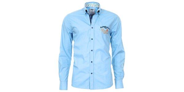 Pánska modrá košeľa so vzorovanými manžetami Pontto