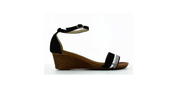 Dámske čierne sandálky na kline s kamienkami Shoes and the City