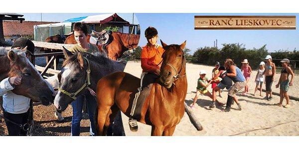 Detský tábor pri koňoch