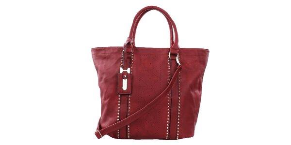 Dámska červená veľká kabelka s perforáciou a cvokmi Bessie