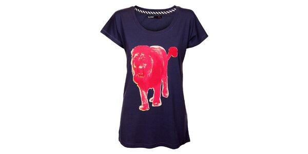 Dámske fialové tričko Exe Jeans s ružovým levom