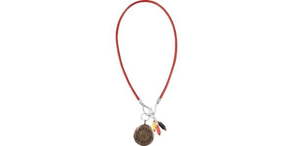 Červený náhrdelník s príveskami Bushman