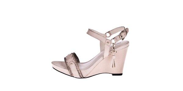 Dámske krémové sandálky na kline Roberto Botella