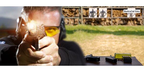 Strieľanie na strelnici alebo airsoft alebo kurz na zbrojný pas
